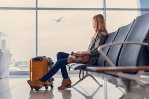 airport transfers from Salisbury to Gatwick