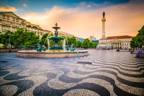rosso square lisbon portugal